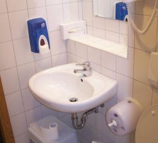 Bad von Zimmer 210 Hotel Harzhaus