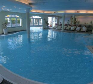 Innenpool Leading Family Hotel & Resort Alpenrose