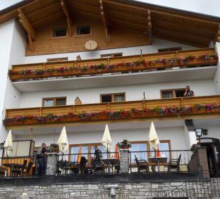 Außenansicht Hotel Alpenrose