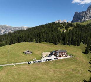 Inmitten von Almwiesen Alpengasthof Jolanda