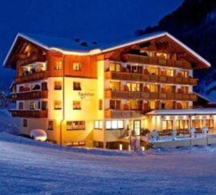 Winterbild Abend Hotel Roslehen