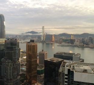 Ausblick vom Zimmer 60. Etage Hotel Conrad Hong Kong