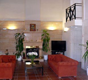 Sitzecke im Eingangsbereich neben dem Speisesaal