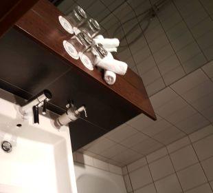 Blick ins Badezimmer  Hotel Merkur