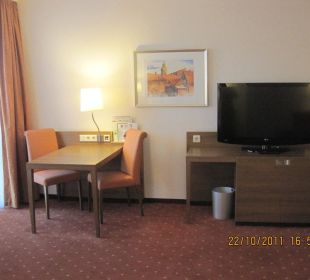 Blick ins Zimmer Hotel Holiday Inn Nürnberg City Centre