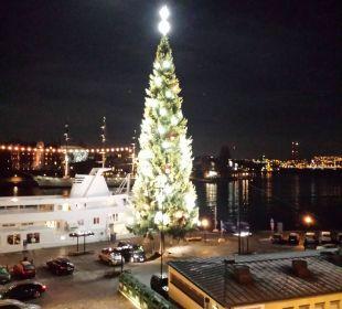 Weihnachtsbaum First Hotel Reisen