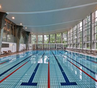 Indoor pool Hilton Frankfurt City Centre