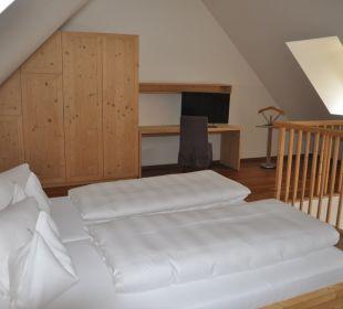 Elternschlafteil auf der Galerie (offen) Traube Braz Alpen.Spa.Golf.Hotel