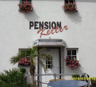 Blick zu Eingang Hotel - Pension Hotel-Pension Keller