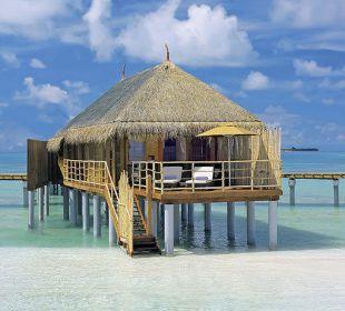 Senior Water Villa01 Hotel Constance Moofushi Resort