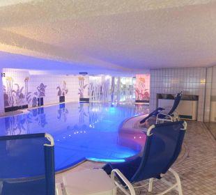 Innenpool Romantik Hotel Im Weissen Rössl