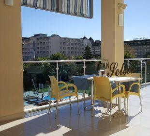 Sitzgelegenheit draussen Hotel Titan Select