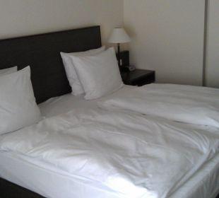 Doppelbett, sehr bequem! Ramada Nürnberg Parkhotel