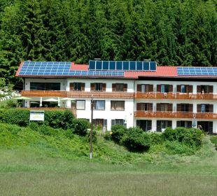 Theresienhof mit Solar und PV Anlage am Dach Ferienwohnungen Theresienhof