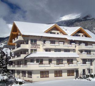 Hotel Winteransicht Hotel Alpenroyal