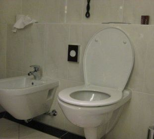 Toilette mit Bidet Sheraton Carlton Hotel Nürnberg
