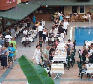 Dinner am Abend Club Big Blue Suite Hotel