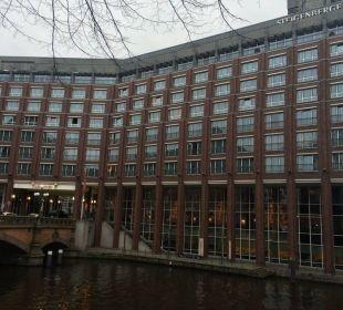 Eingangsbereich Hotel Steigenberger Hotel Hamburg