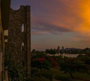 Sonnenuntergang  Brayka Bay Resort