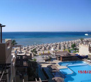 Pool+Strand v. Zimmer aus gesehen