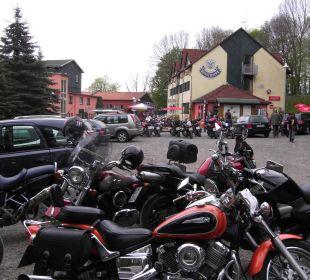 Biker Willkommen AKZENT Berghotel Rosstrappe