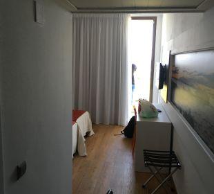 Zimmer vom Eingang gesehen Hotel Abrat