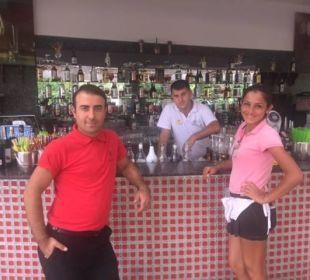 Super Service an der Aqua Bar Hotel Delphin Imperial