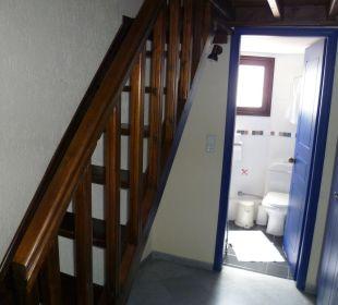 Treppe hoch zum Bett oben Hotel Kalidon