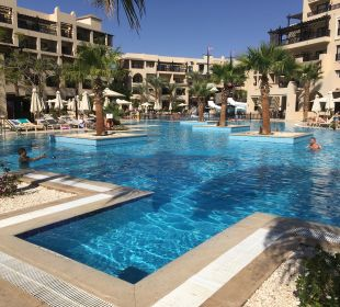 Pool Steigenberger Aqua Magic