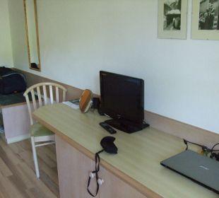 Schreibtisch  Hotel Almhof