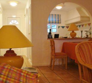 Essplatz mit Küche Durchreiche Villa Opuntia
