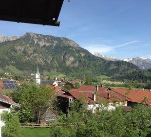 Blick vom Balkon auf Hindelang Gästehaus Wineberger