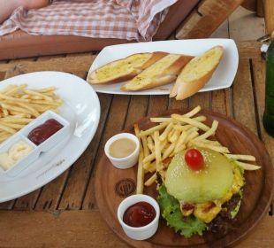 The Green Burger - sehr zu empfehlen! Santhiya Koh Phangan Resort & Spa