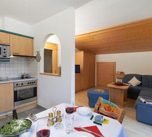 Wohn-Essraum mit Luxusküche Ferienwohnung Leutasch Landhaus Karoline Wohlfühl-Ferienwohnungen