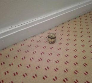Zimmer 253 - Türstopper Flur abgebrochen Dorint Park Hotel Bremen