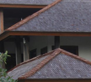 Rumah Isah - Dächer aus 'Eisenholz' Nusa Indah Bungalows & Villa