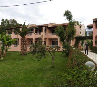 Terrassenförmige Anlage Hotel Robolla Beach