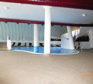 Großes Schwimmbad Family Hotel Schloss Rosenegg