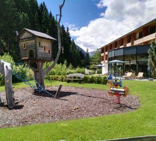 Gartenanlage Spa Hotel Zedern Klang