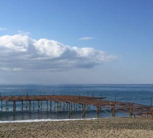 Schöne Sicht am Strand  Hotel Titan Select