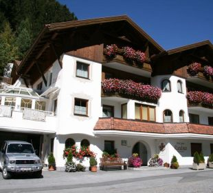 Aussenaufnahme Hotel Garni Kardona