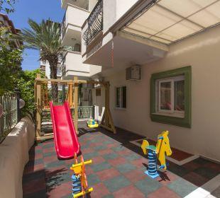 Playground Aparthotel Villa Sun Flower