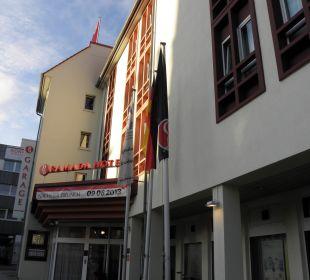 Hoteleingang ACHAT Premium Neustadt/Weinstraße