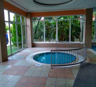 Pool Hotel Titan Select
