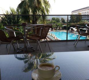Pool Hotel Royal Garden Select