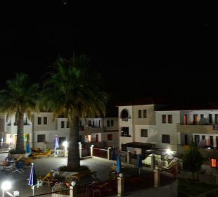 Hotel Amari bei Nacht Hotel Amari