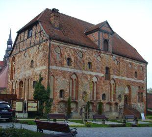 Alte Kanzlei aus dem 14. Jahrhundert  Ringhotel Schloss Tangermünde