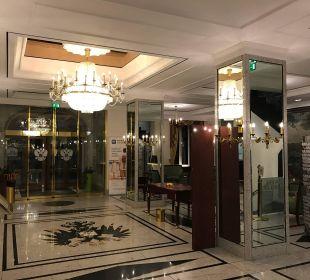 Eingangsbereich Best Western Premier Grand Hotel Russischer Hof