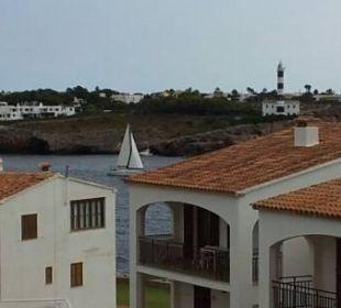 Blick vom Balkon auf die Hafeneinfahrt und den Leu JS Hotel Cape Colom