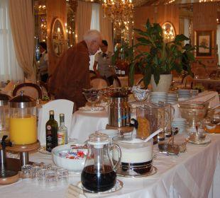 Das pompöse Frühstückbuffet Hotel Bristol Salzburg